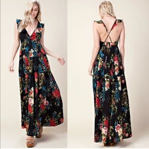 ‼️Final Price‼️Beautiful Floral Maxi Dress Black
